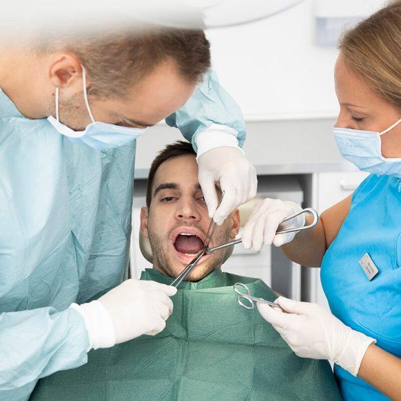 Bölcsességfog műtét biztonságosan