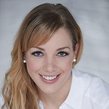 Dr. Schekk Anna