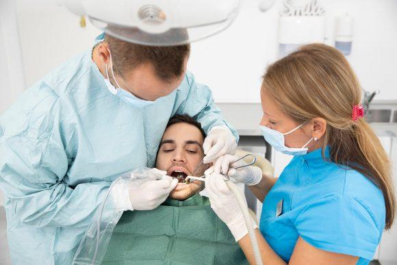Implantátum beültetése