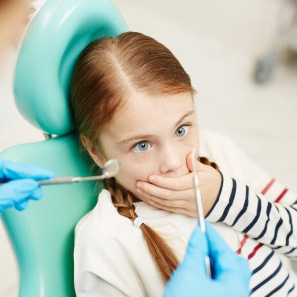Gyermek fogorvos kezelések – melyik, hogyan zajlik, mit tegyünk utána?